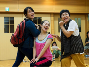 左から、松永美咲、坂田彩、鎌田ひでこ