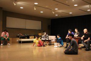 北九州芸術劇場プロデュース/九州男児劇『せなに泣く』稽古風景(写真提供:北九州芸術劇場)