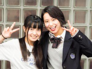 ナシカ座 第3回公演『愛されたい娘と愛せない母』(左から、安武風花、安田乙葉)