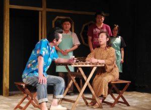 空晴 第18回公演『明日の遠まわり』(撮影:江藤キヨコ)